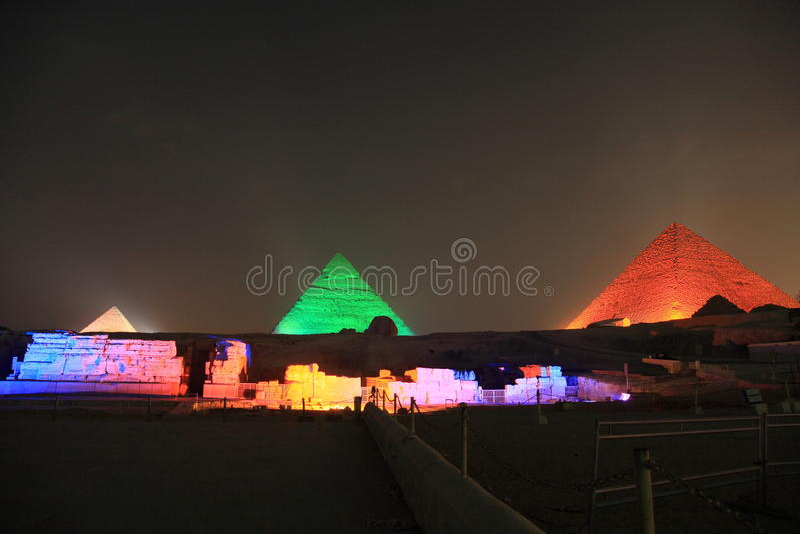 Pirámides de Giza imagen de archivo libre de regalías