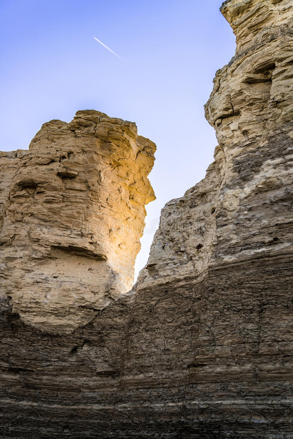 Pirámides de la tiza de la roca del monumento fotos de archivo