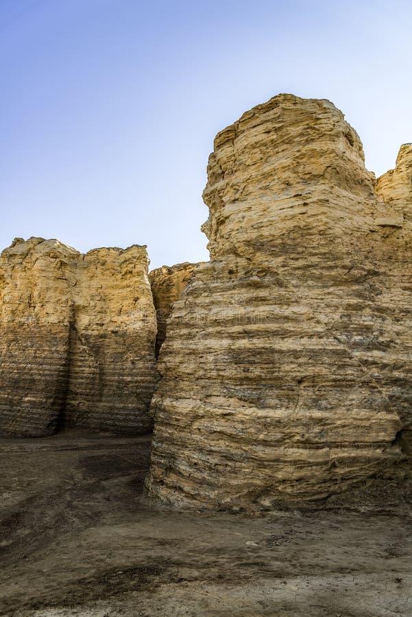 Pirámides de la tiza de la roca del monumento imágenes de archivo libres de regalías
