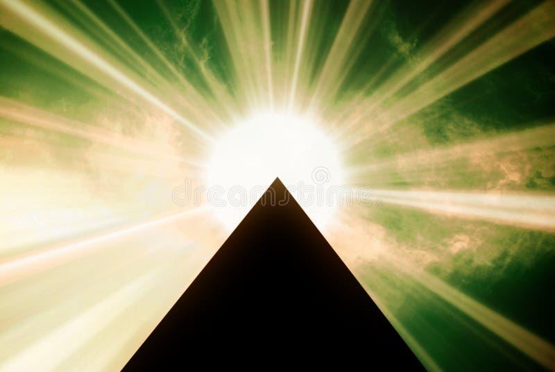 Pirâmide 02 ilustração royalty free