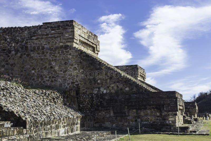 Pirâmide de Albán imagem de stock royalty free