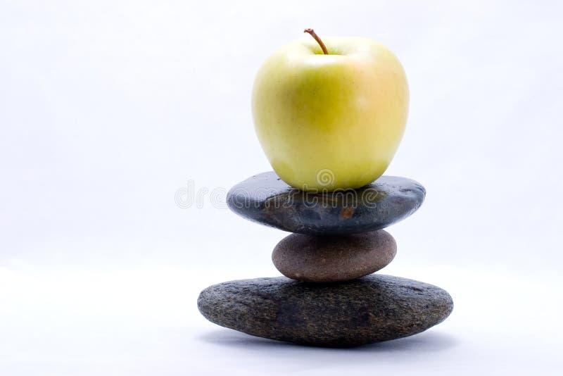 Pirâmide de alimento - maçã foto de stock