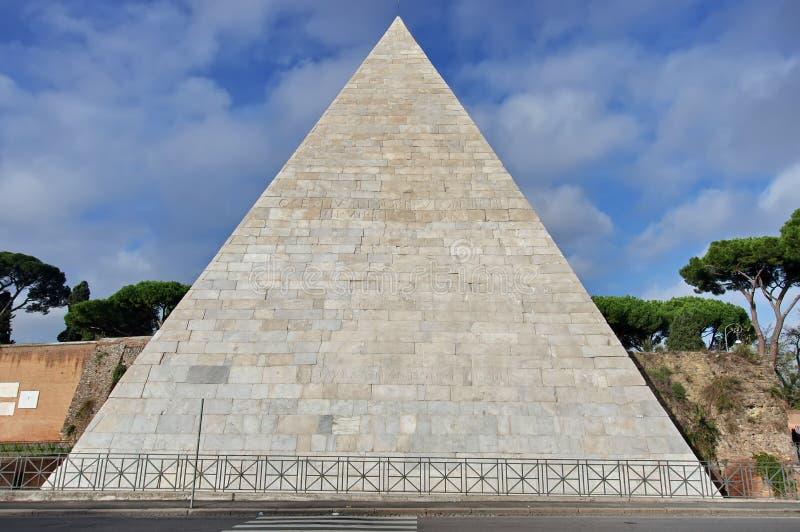 Pirâmide de Cestius foto de stock royalty free