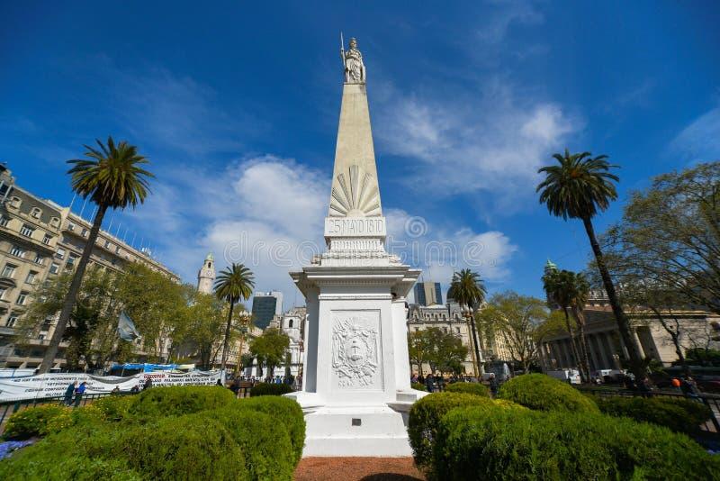 Pirâmide de maio na plaza de Mayo Square imagens de stock royalty free