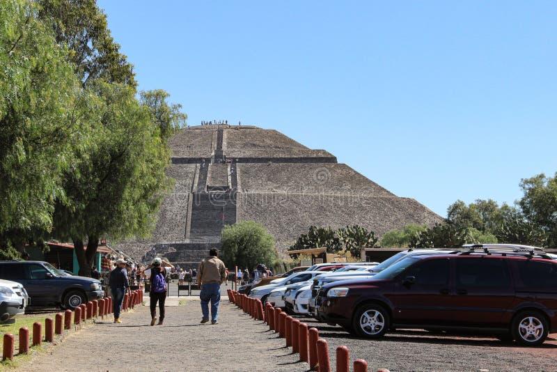 Pirâmide de Sun em Teotihuacan, Cidade do México foto de stock royalty free