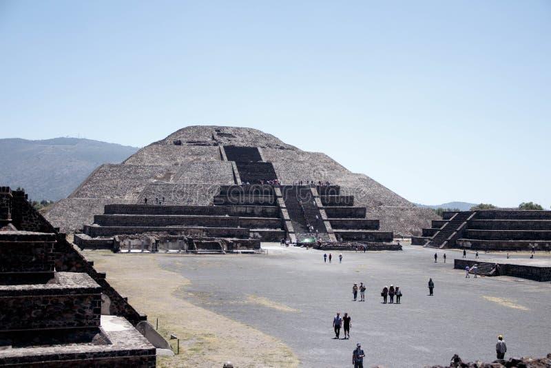 Pirâmide de Teotihuacan Sun, Mexico-2 - em segundo o maior no mundo novo após a grande pirâmide de Cholula fotografia de stock
