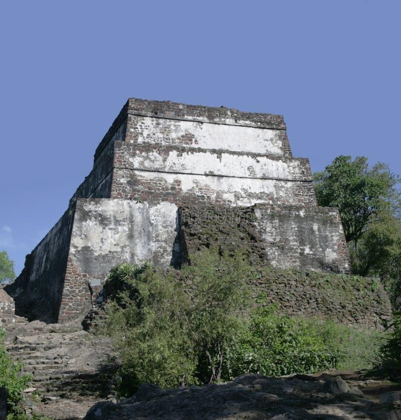 Pirâmide de Tepozteco do templo fotografia de stock royalty free
