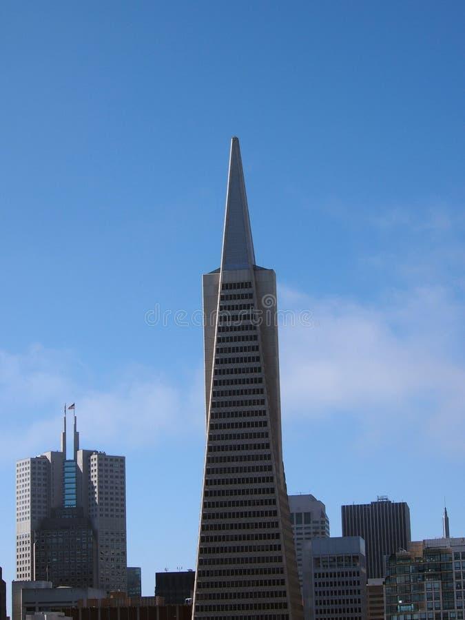 Pirâmide de Transamerica e construções altas da baixa de San Francisco imagens de stock