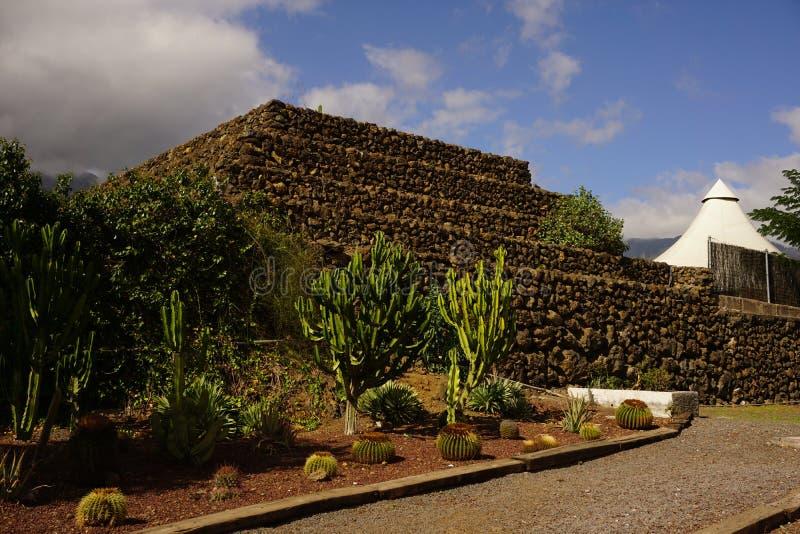 Pirâmide velha de Guanches imagem de stock royalty free