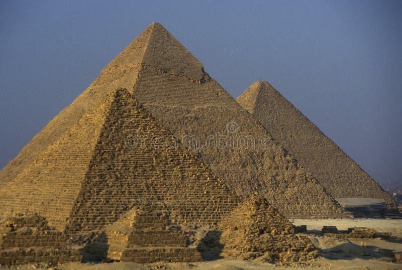 PIRÂMIDES DE ÁFRICA EGIPTO O CAIRO GIZA fotos de stock royalty free