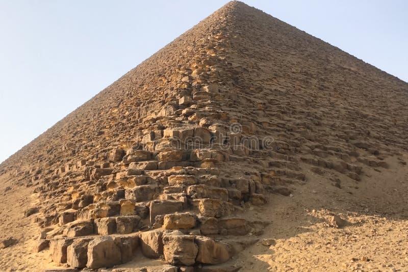 Pirâmides de Giza Grandes pirâmides de Egipto A sétima maravilha do mundo Megálitos antigos imagem de stock royalty free