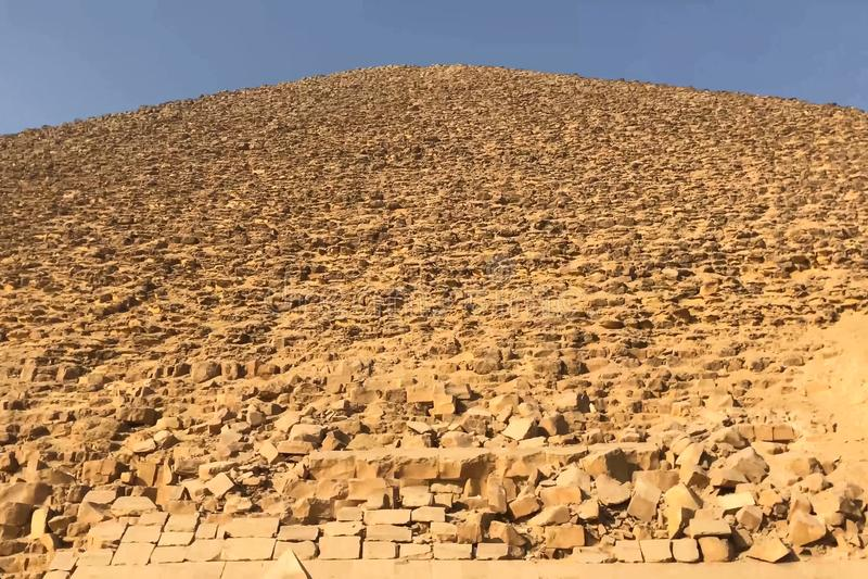 Pirâmides de Giza Grandes pirâmides de Egipto A sétima maravilha do mundo Megálitos antigos imagem de stock