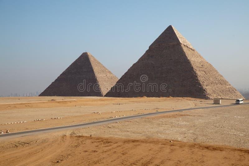 Pirâmides em Giza fotos de stock