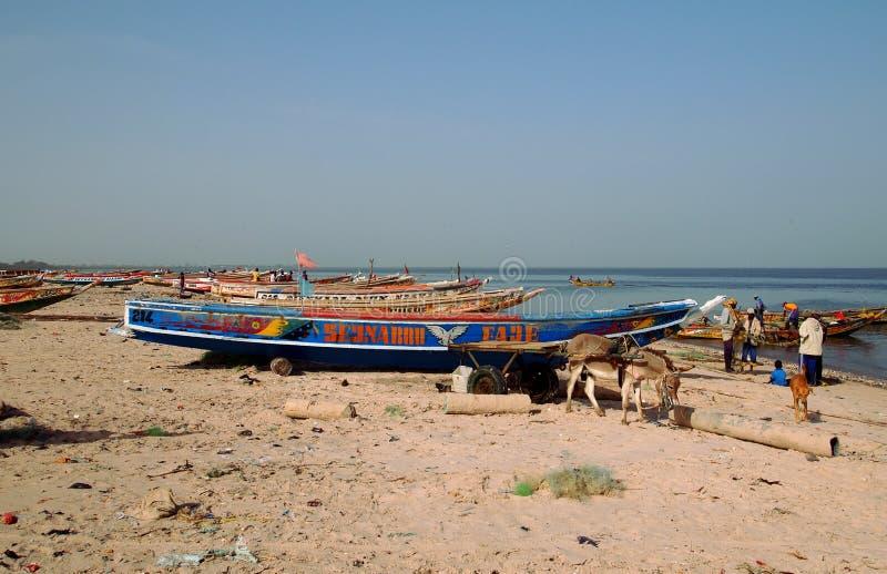 Piraguas de la pesca en el río de Saloum foto de archivo libre de regalías