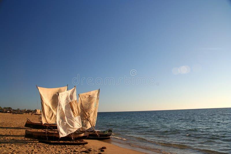 Piraguas tradicionales de la pesca imagenes de archivo