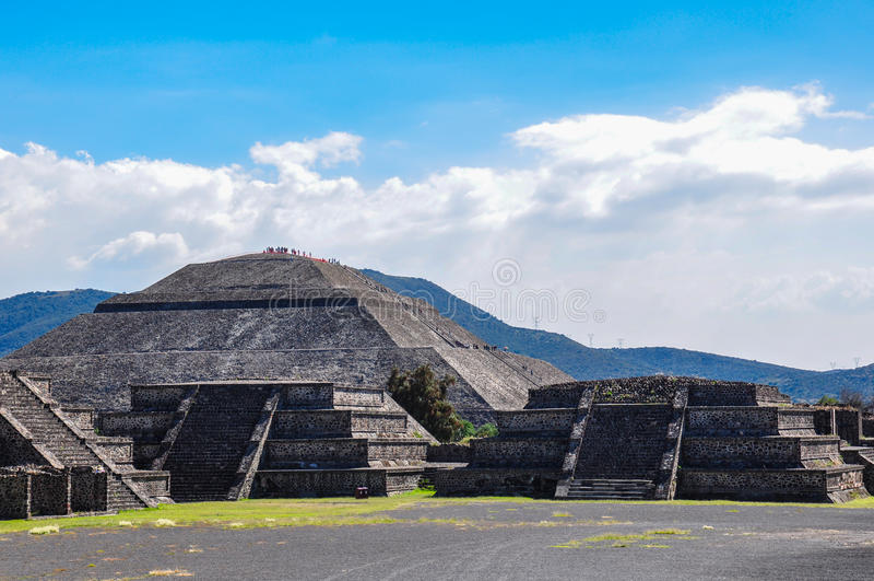 Piramide della luna, Teotihuacan, rovine azteche, Messico immagine stock libera da diritti