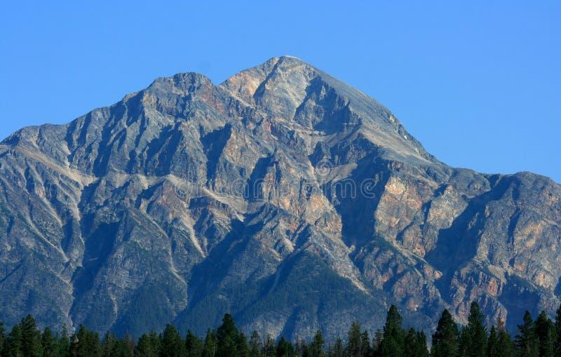 piramide della montagna fotografia stock
