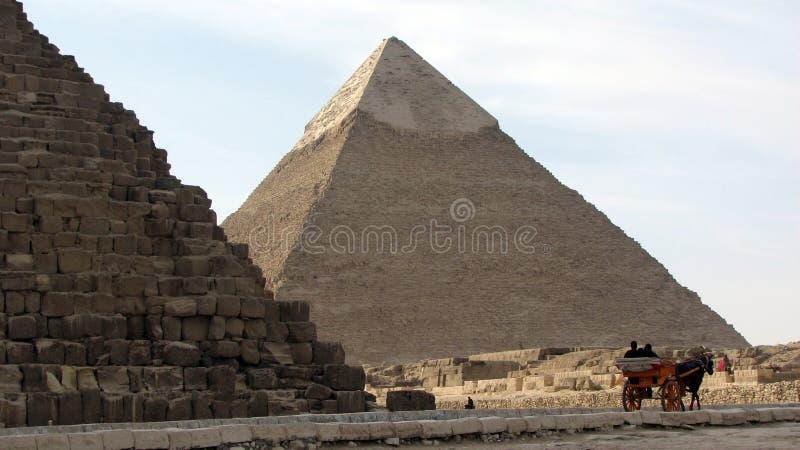Piramide di Khafre dalla grande piramide di Giza, Egitto fotografia stock libera da diritti