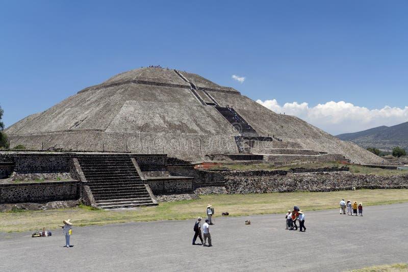 Piramide di Teotihuacan di The Sun fotografie stock
