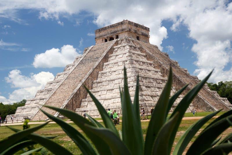 Piramide famosa di Chichen Itza nel Messico fotografia stock libera da diritti