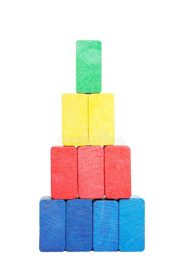 Piramide van kleurenblokken stock fotografie