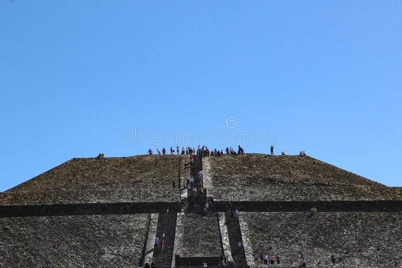 Piramide van zon in Teotihuacan, Mexico-City royalty-vrije stock foto