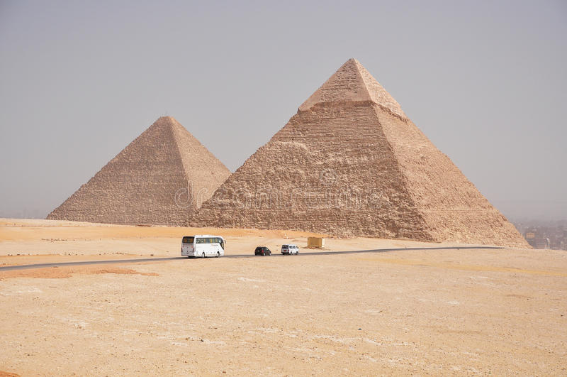 Piramides van Egypte stock afbeeldingen