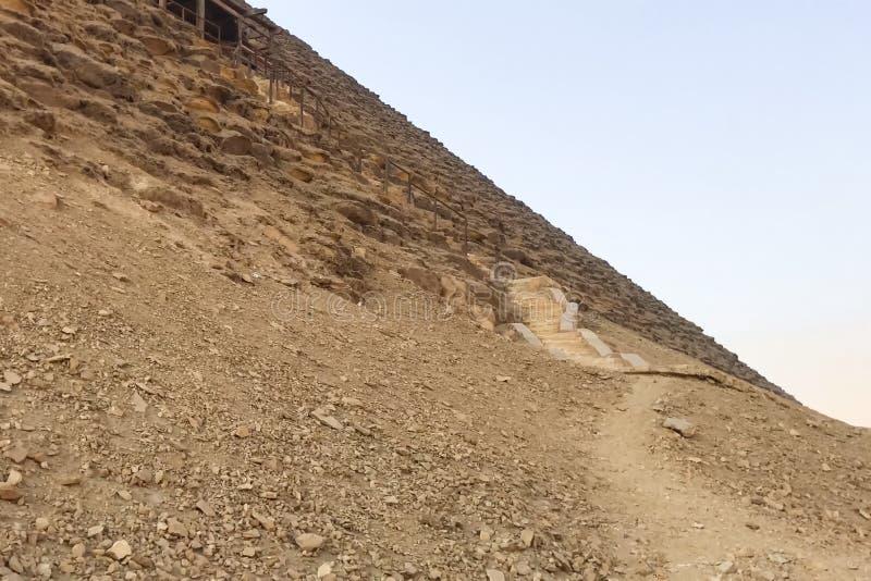 Piramides van Giza Grote Piramides van Egypte Zevende wonder van de wereld Oude megalieten stock foto's