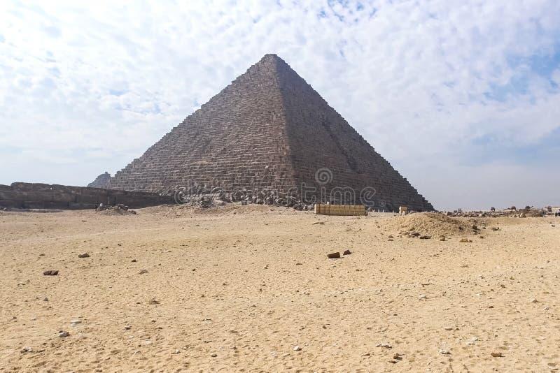 Piramides van Giza Grote Piramides van Egypte Zevende wonder van de wereld Oude megalieten royalty-vrije stock afbeeldingen