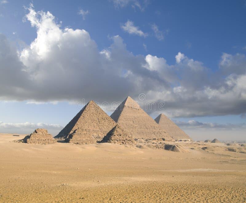 Piramidi di Giza fotografie stock libere da diritti