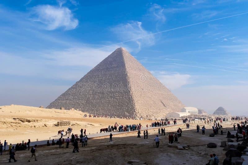 Piramidi di Giza Grandi piramidi dell'Egitto La settima meraviglia del mondo Megaliti antiche fotografie stock libere da diritti