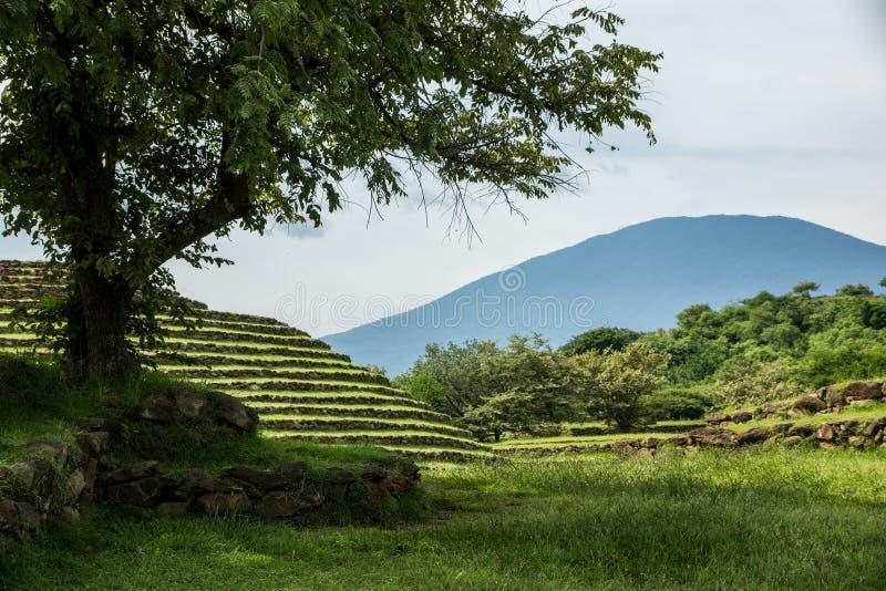 Piramidi rotonde di Guachimontones fotografia stock