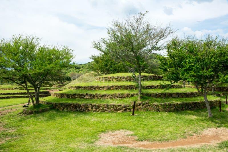 Piramidi rotonde di Guachimontones fotografie stock libere da diritti