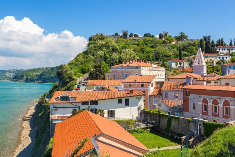 Piranstad in zuidwestelijk Slovenië op de Golf van Piran stock foto