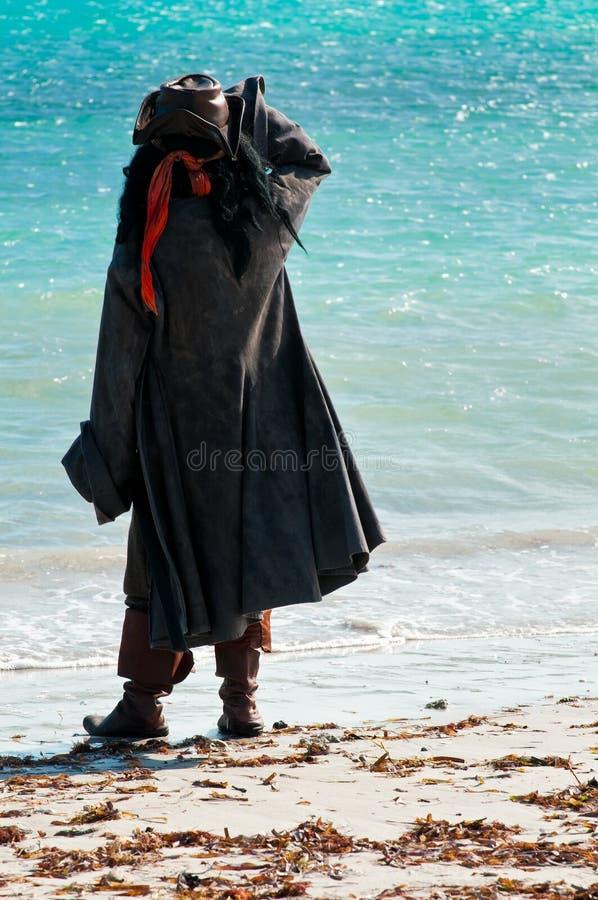 Pirat im Strand lizenzfreie stockfotos
