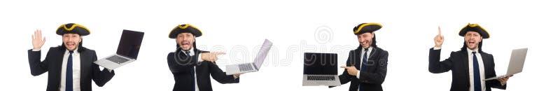 Pirata biznesmena mienia laptop odizolowywaj?cy na bielu zdjęcia royalty free