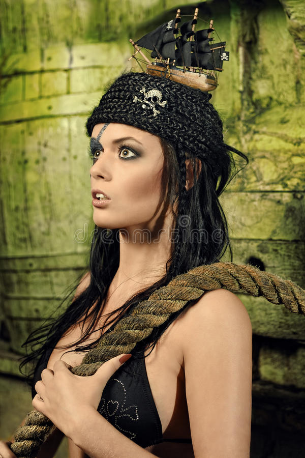 Pirata de la mujer joven fotografía de archivo