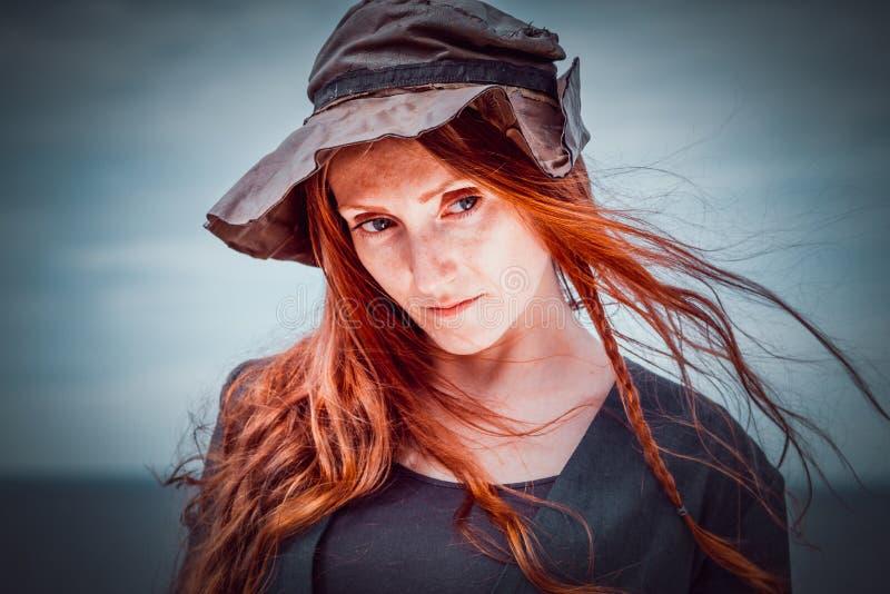 Pirata fêmea do retrato fotografia de stock