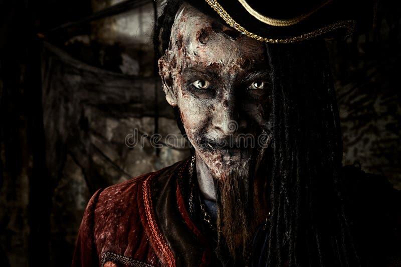 Pirata muerto herido fotografía de archivo