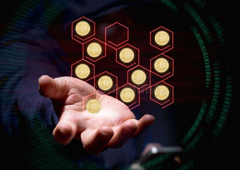 Pirate informatique à capuchon de crime de cyber à l'aide du téléphone portable entaillant le blockchain photo stock