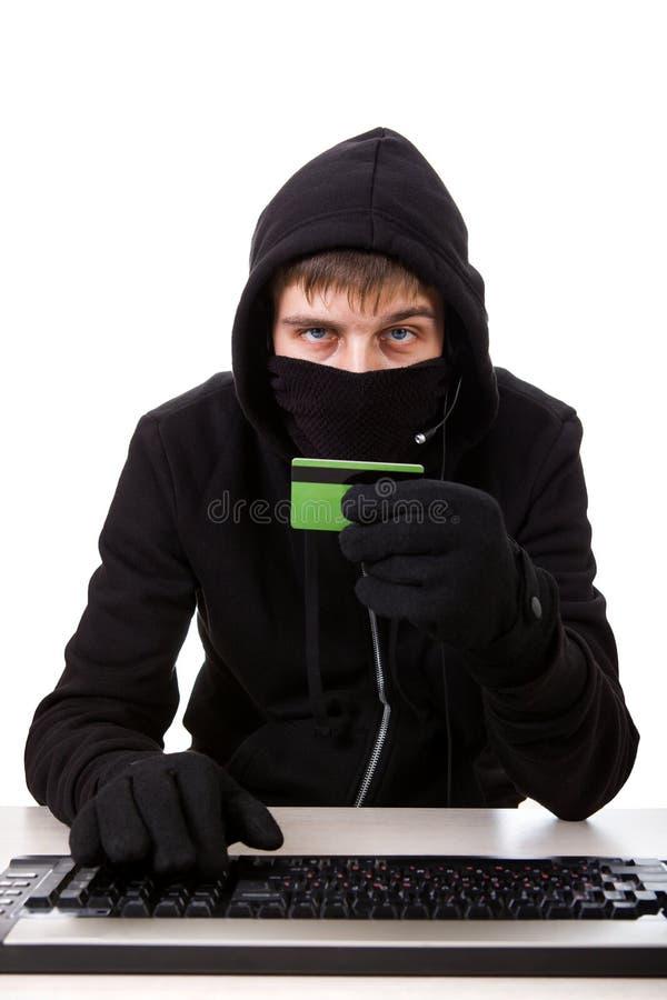 Pirate informatique avec une carte image stock