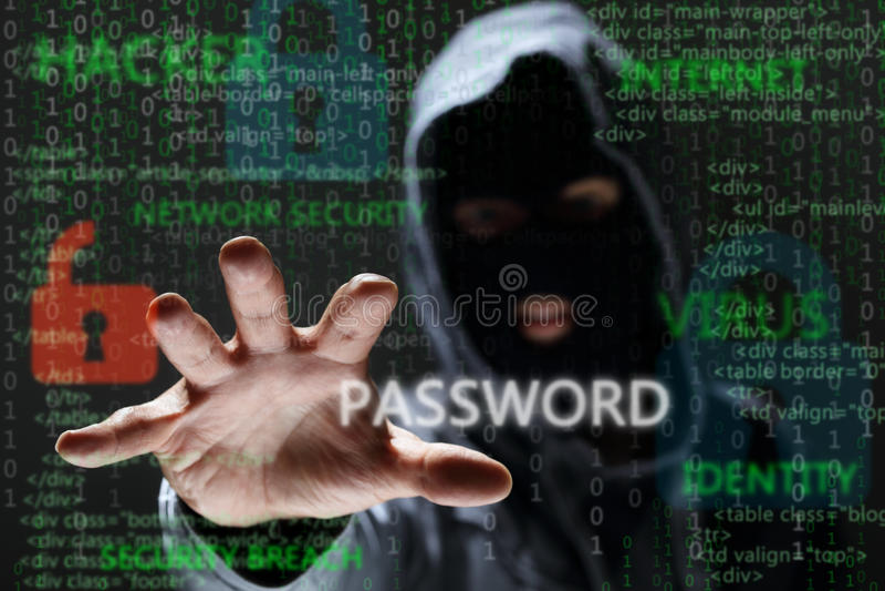 Pirate informatique volant le mot de passe de réseau images libres de droits