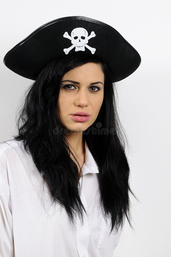 Piratenfrau mit schwarzem Hut lizenzfreie stockfotografie