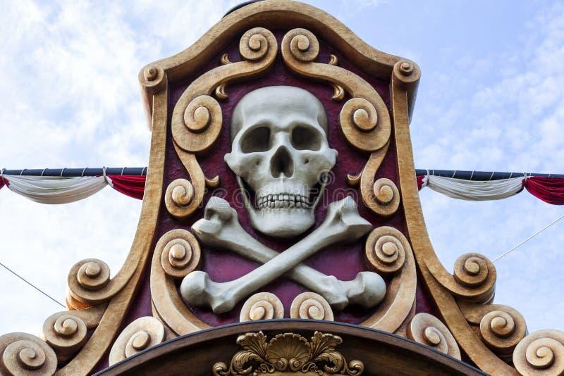 Piratenschädel lizenzfreie stockfotografie