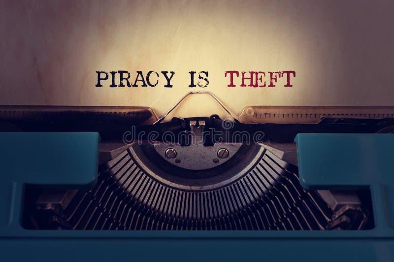 Piratkopiering är stölden arkivfoton