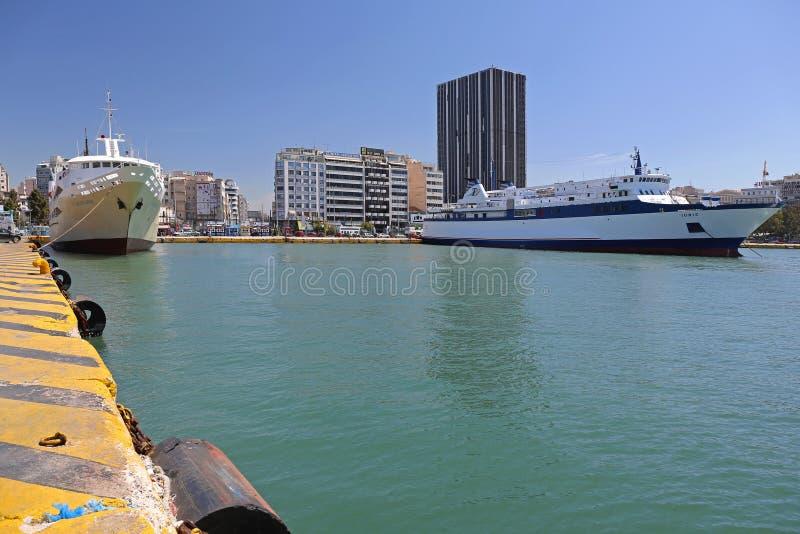 Pireaus port royaltyfri bild
