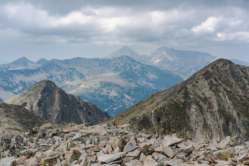 Pirin górski z piku Polezan fotografia stock