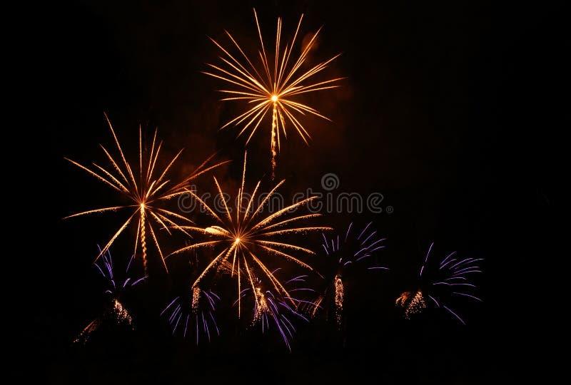 Pirotecnica, fuochi d'artificio immagini stock libere da diritti