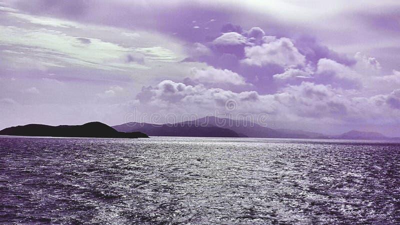 Pirprl himlar fotografering för bildbyråer
