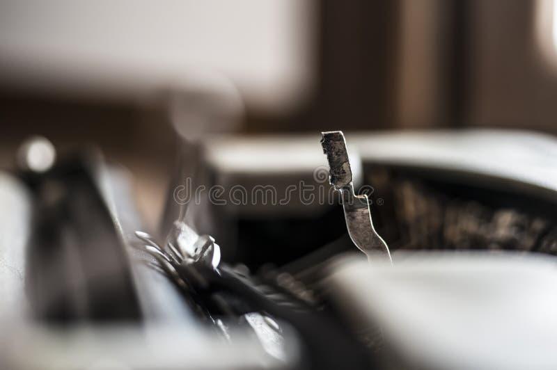 Pisać na rocznika maszyna do pisania obrazy royalty free